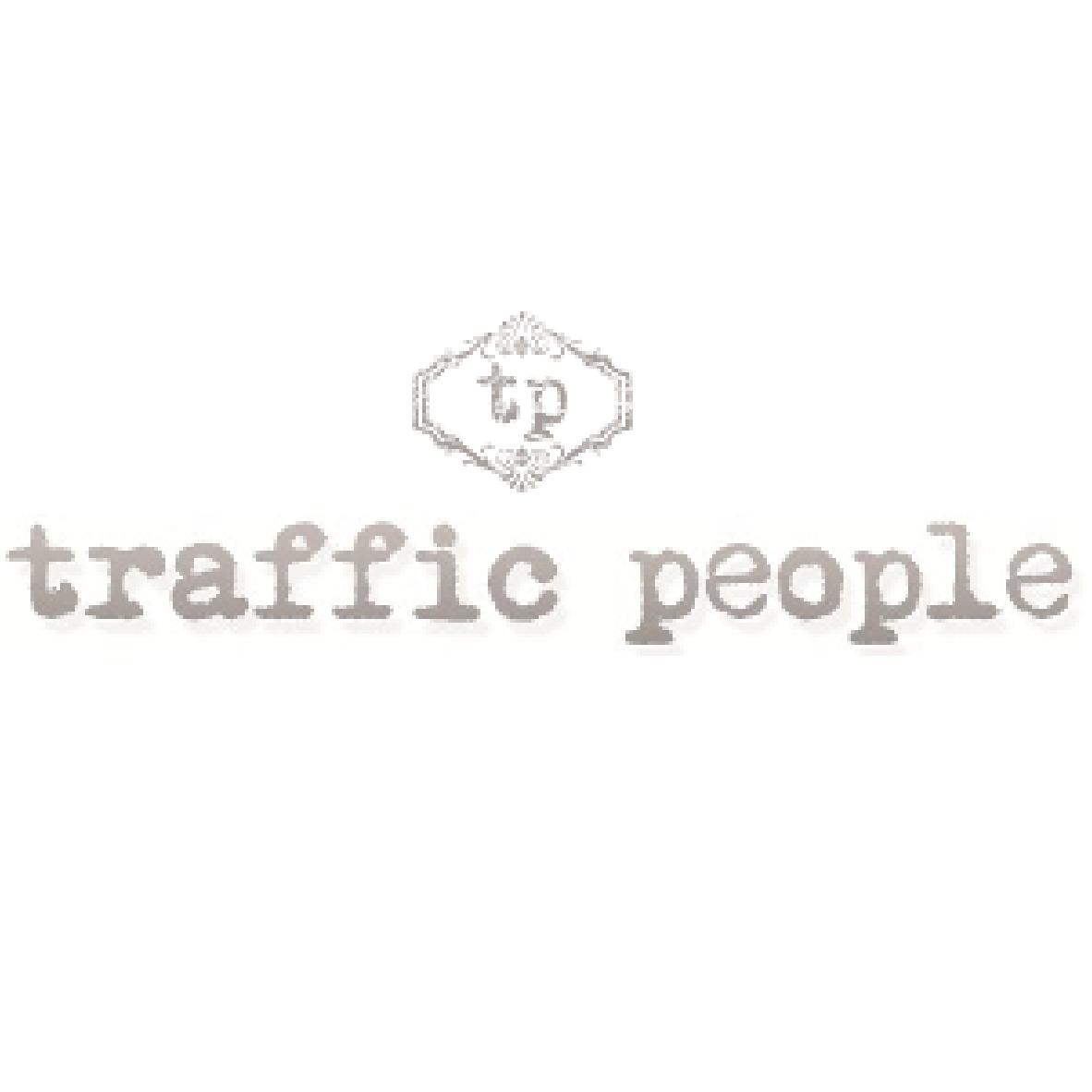 Fabiola Roncaccia Showroom Traffic People